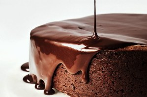 chocolate-red-wine-cake-101916