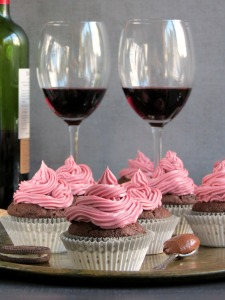 red-wine-nutella-cupcakes-with-oreo-nutella-filling-and-red-wine-frosting-767x1024
