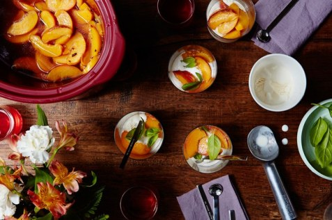 slow-cooker-amaretto-poached-peaches-03082016